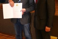 Bürgermeister Storz überreicht Ulrich die Ehrennadel des Landes Baden-Württemberg 6